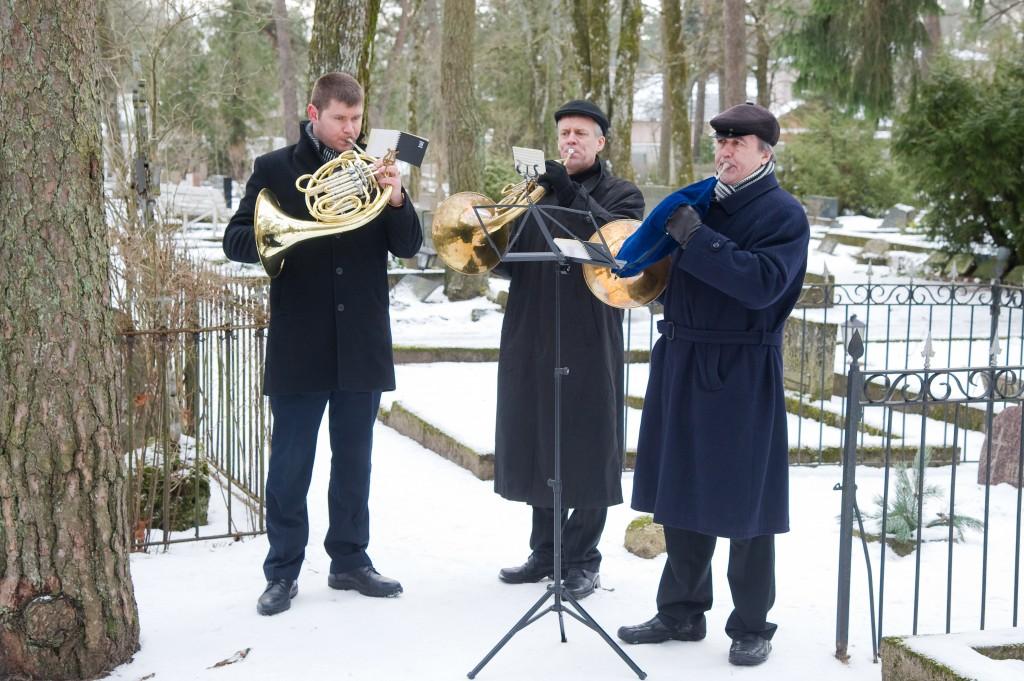 Tõnu kvartett, mattused Nõmme kalmistul